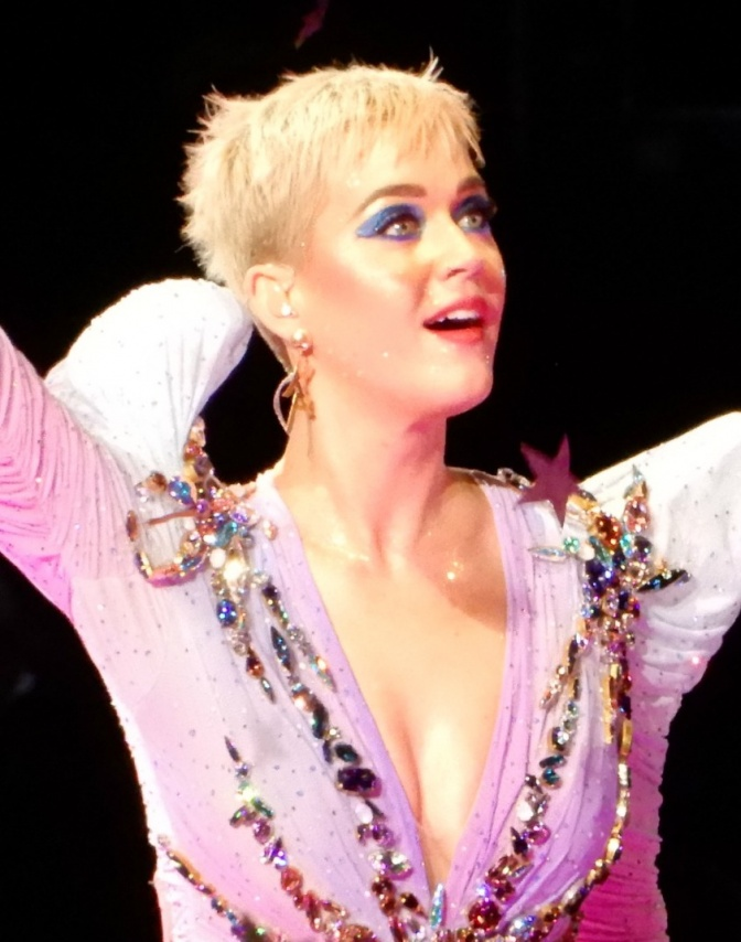 image-01-katy-perry-at-madison-square-garden-23615647178-cropped.jpg