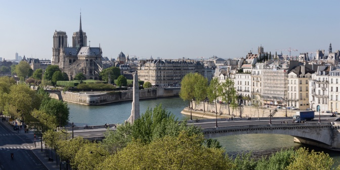 Welcher fluss fließt durch paris